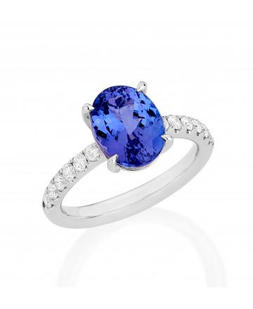 Anel Tanzanita Oval e Diamantes
